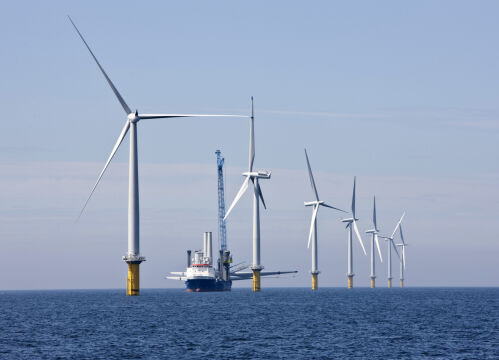 Największa na świecie morska farma wiatrowa w pobliżu miasta Østerild w Danii