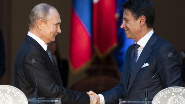 """Premier Conte o """"przyjacielu Władimirze"""",  Putin """"wdzięczny Włochom za ich stanowisko"""""""