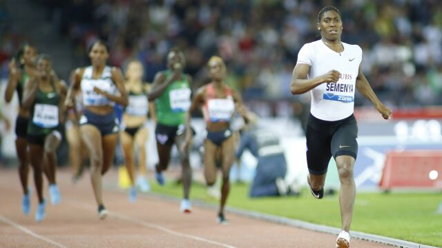 """Caster Semenya powalczy o igrzyska na nowym dystansie. """"To nie była łatwa decyzja"""""""
