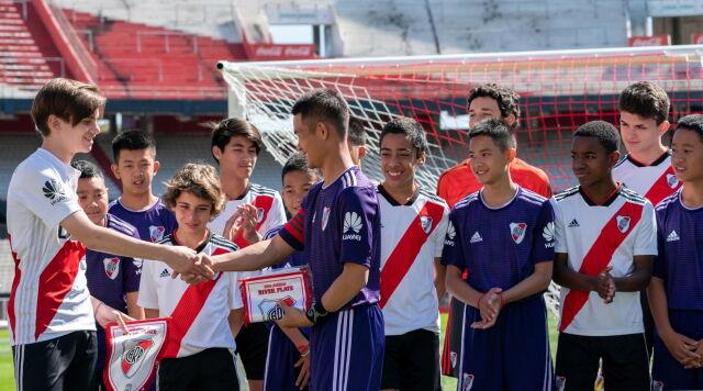 Uratowani z jaskini chłopcy zagrali w Argentynie