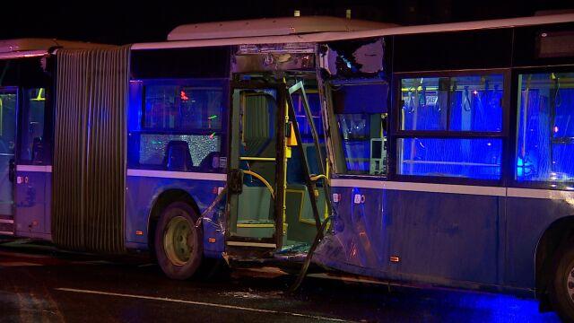 Zderzenie autobusu z tramwajem w Krakowie. Ranni