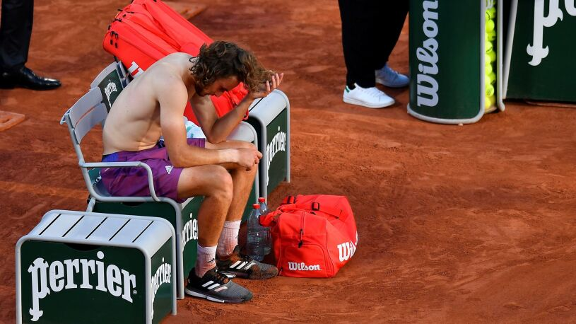 """Rodzinna tragedia Tsitsipasa przed finałem French Open. """"Wszystko dedykuję jej i tylko jej"""""""