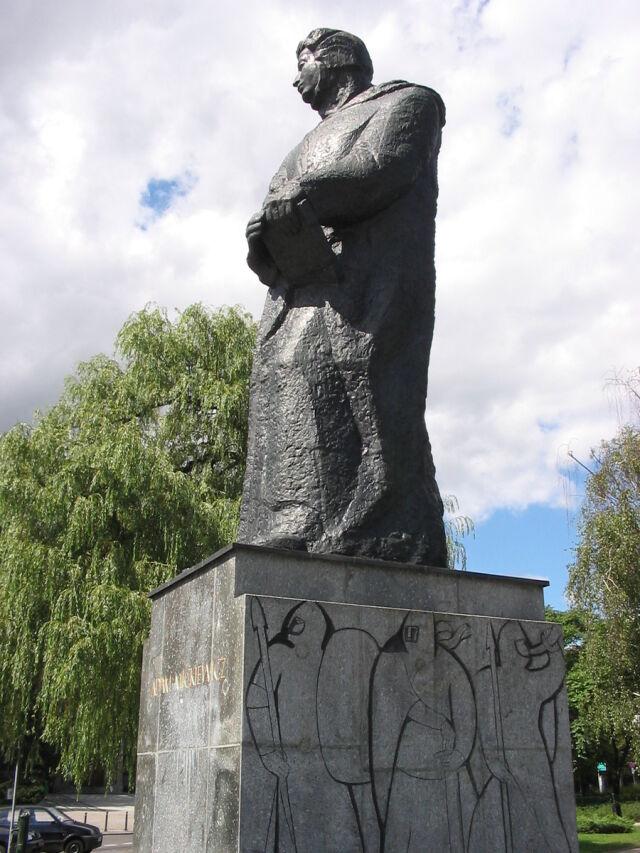 Mickiewicz czy Mickevičius?