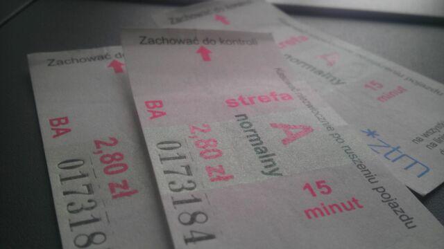 Bilety czasowe ważne dłużej. Mniejsze kary za jazdę na gapę