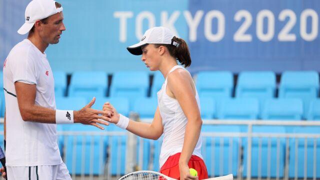 Nadzieja w tenisie już umarła. Świątek i Kubot odpadli w mikście
