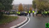 Blokada ronda w miasteczku Civrieux-d'Azergues
