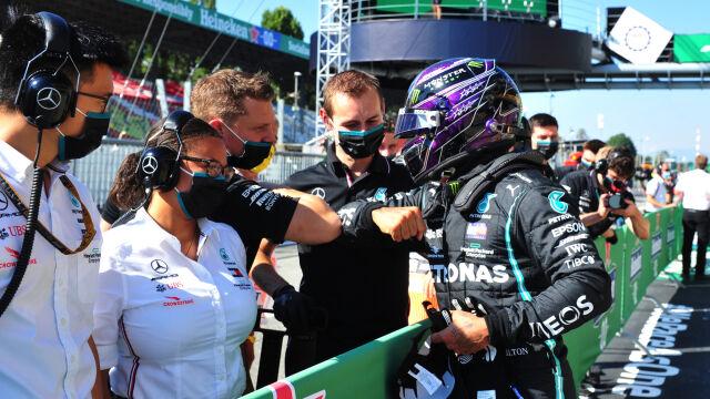Kwalifikacje wewnętrzną sprawą Mercedesa. Hamilton znowu poza zasięgiem