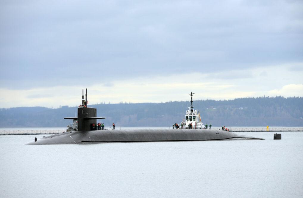 Każdy okręt typu Ohio ma 24 silosy na rakiety Trident II D5. Na każdej z nich można zamontować do 12 głowic jądrowych. Razem jeden okręt może mieć na pokładzie 288 głowic