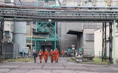 Ratownicy walczą z pożarem w czeskiej kopalni i stawiają tamy