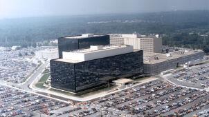 """""""Błędy operatora"""", """"błędy systemowe"""". Tak inwigilowała NSA"""