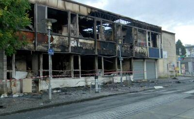 Ulice Nantes po nocnych zamieszkach
