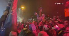 Szalona radość kibiców Atalanty po awansie do fazy pucharowej Ligi Mistrzów