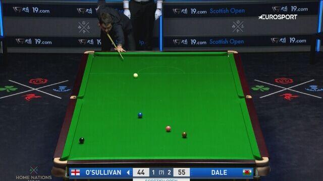 Ronnie O'Sullivan wyrzucił białą bilę za stół