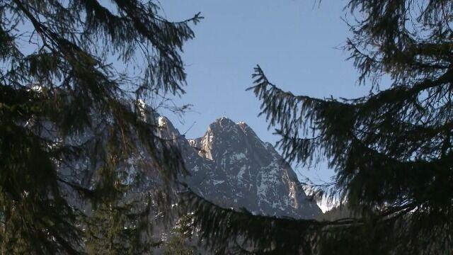 Himalaistka: Mieli dużo szczęścia. Mogli nocować w górach