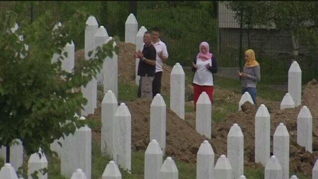 Ekshumacje zwłok w Srebrenicy po wojnie w Bośni