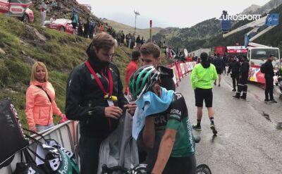 Majka ekstremalnie zmęczony i zmarznięty na mecie 9. etapu Vuelta a Espana