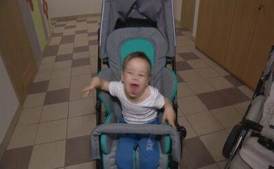 Złodziej ukradł wózek niepełnosprawnego Dawida. Chłopiec dostał nowy