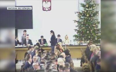 Nagranie z Sali Kolumnowej z administrowanej przez Straż Marszałkowską kamery cz. 4