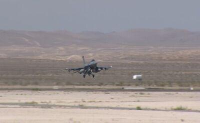 Amerykańskie F-16 w czasie ćwiczeń