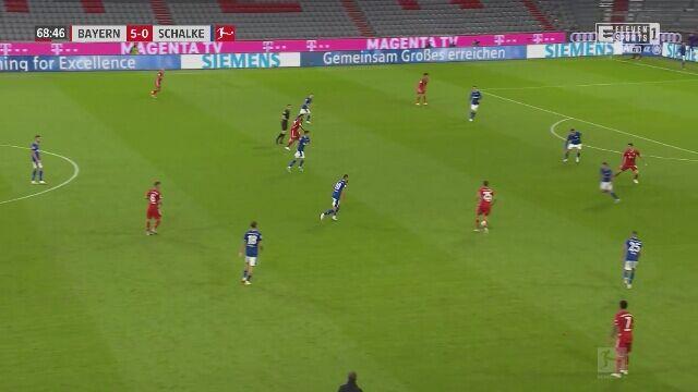 Asysta Lewandowskiego w meczu Bayernu z Schalke