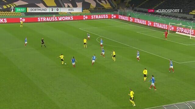 Półfinał Pucharu Niemiec. Borussia Dortmund - Holstein Kiel 3:0 (gol - Reus)