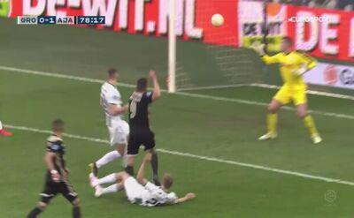 Gol i czerwona kartka Huntelaara, Ajax zgarnął trzy punkty