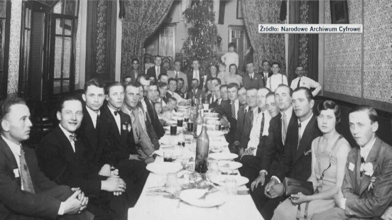 Historyk: Wigilie polskie to nie tylko barszcz i śledzie