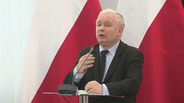 Kaczyński: konstytucję można śmiało nazwać postkomunistyczną