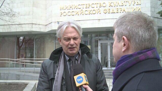 """Reporter """"Faktów"""" TVN Andrzej Zaucha rozmawiałz Mariuszem Knorowskim"""