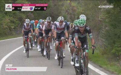 Geraint Thomas korzysta z pomocy samochodu na 3. etapie Giro