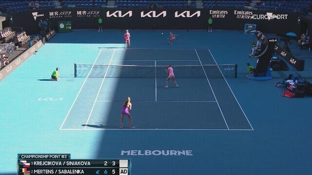 Piłka meczowa z finału debla kobiet Australian Open