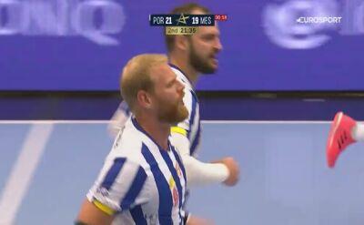 Skrót meczu FC Porto - Mieszkow Brześć w 2. kolejce Ligi Mistrzów piłkarzy ręcznych