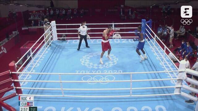 Tokio. Skrót walki la Cruz - Gadżimagomedow w boksie w kategorii ciężkiej