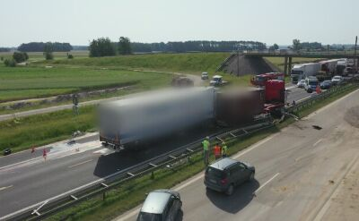 Zderzenie dwóch ciężarówek na A1