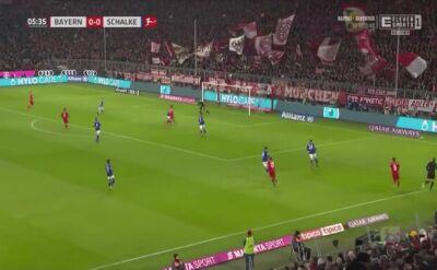 Gol i asysta Lewandowskiego w meczu z Schalke