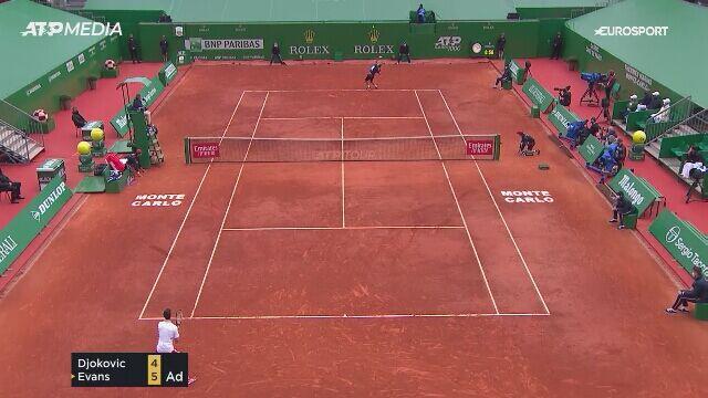 Pogromca Hurkacza ograł Djokovicia w 1/8 finału w Monte Carlo