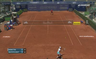 Skrót meczu Berrettini - Bautista Agut w Thiem's 7