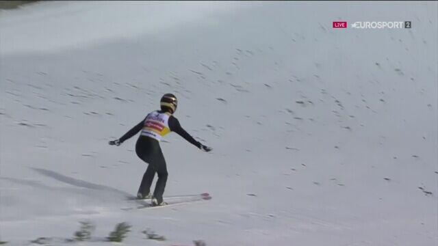 Skok Kobayashiego z pierwszej serii w Val di Fiemme