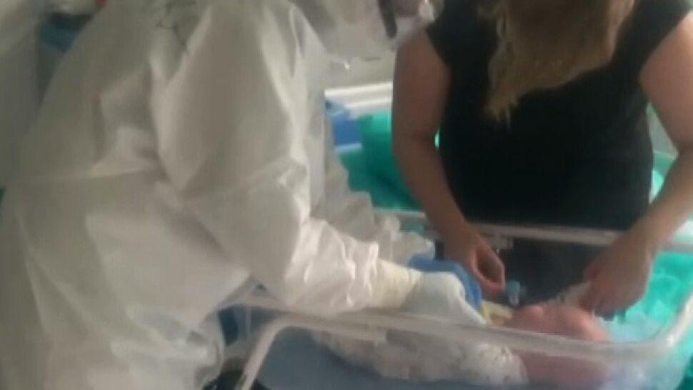 Przybywa dzieci chorujących na COVID-19. Lekarze apelują, by nie lekceważyć pierwszych objawów
