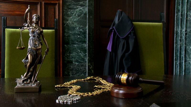 W ciągu godziny miało wpłynąć pismo o odwołaniu z delegacji sędziego, który odrzucił wnioski prokuratury