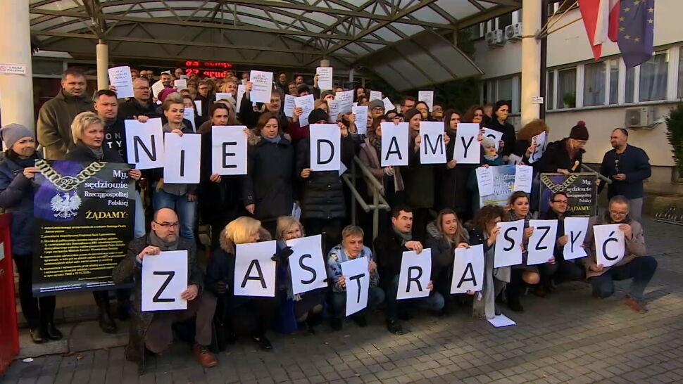 """Krakowscy sędziowie protestują przeciw projektowi PiS. """"Nie damy się zastraszyć"""""""