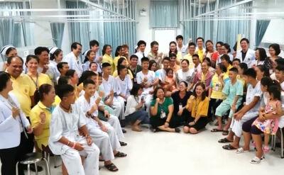 """Rok od akcji ratunkowej w Tham Luang. """"Wiele osób włożyło wysiłek, by nas uratować"""""""