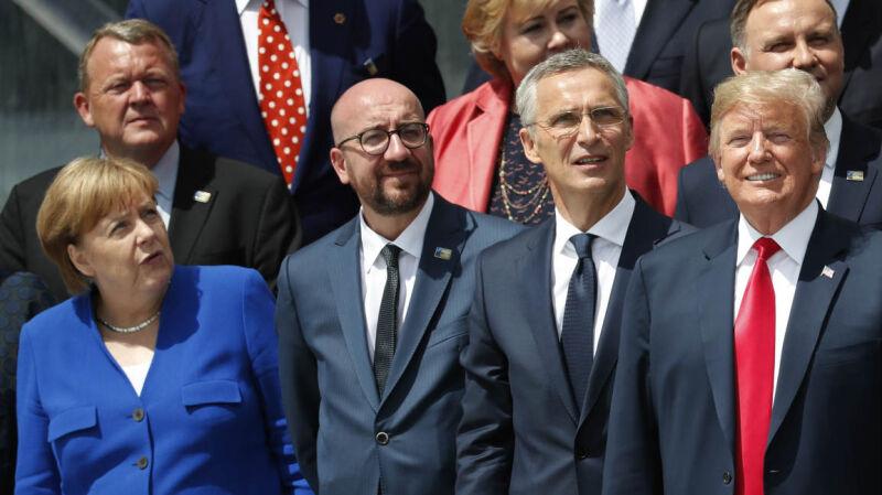 11.07.2018 | Szczyt bez dyplomatycznych uprzejmości. Starcie Trumpa z Merkel