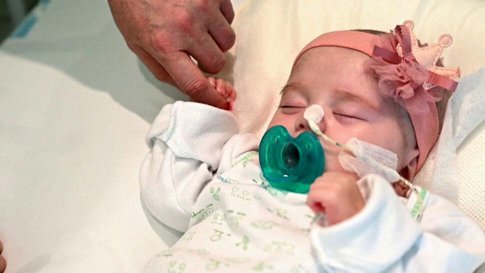 Hiszpańscy lekarze przeszczepili serce 2-miesięcznej dziewczynce. Pokonali wszystkie przeszkody