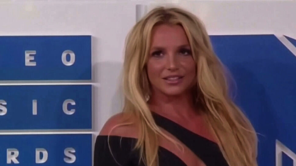 Przełom w sprawie Britney Spears. Ojciec piosenkarki chce zrzec się kurateli nad córką