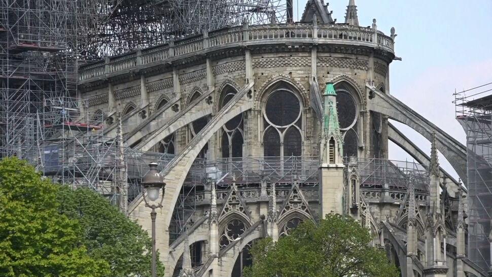 Jak dziś wygląda wnętrze katedry Notre Dame? Dziennikarze weszli do środka