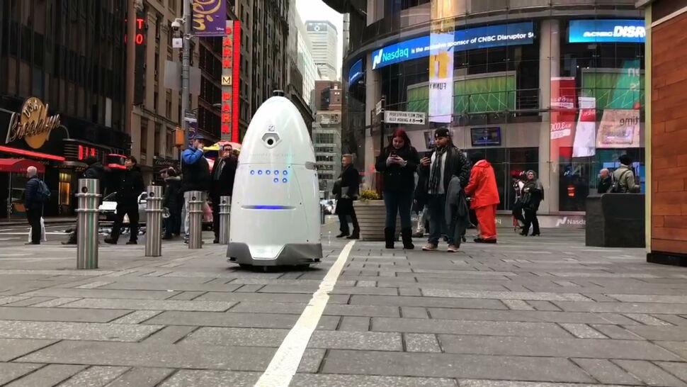 Robot patroluje ulice Nowego Jorku. Są wątpliwości - co jeszcze rejestruje?