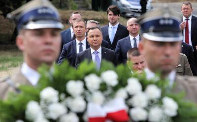 Rocznica rzezi wołyńskiej. Andrzej Duda oddał cześć ofiarom