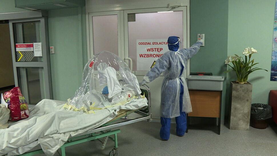 """""""Co z tego, że mamy sprzęt, kiedy nie mamy ludzi?"""". Lekarze biją na alarm"""
