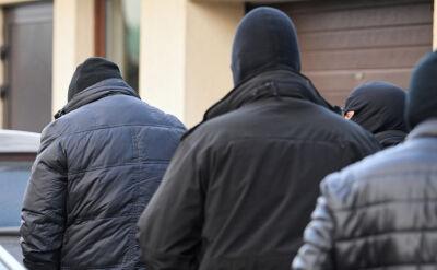 """Zatrzymania byłych pracowników MON. """"Nic nie dzieje bez wiedzy i zgody Kaczyńskiego"""""""